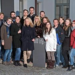 Ausbildungsweg Volontäre an Tageszeitungen Journalistenschule ifp