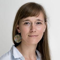 Kornelia Kiss, Journalistenschule ifp