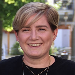 Maria Faiß, Journalistenschule ifp