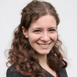 Johanna Maria Fischotter, Journalistenschule ifp