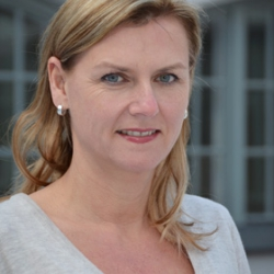 Carola Hug, Journalistenschule ifp