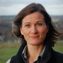 Elin Hinrichsen, Journalistenschule ifp