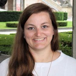 Sandra Simonsen, Journalistenschule ifp